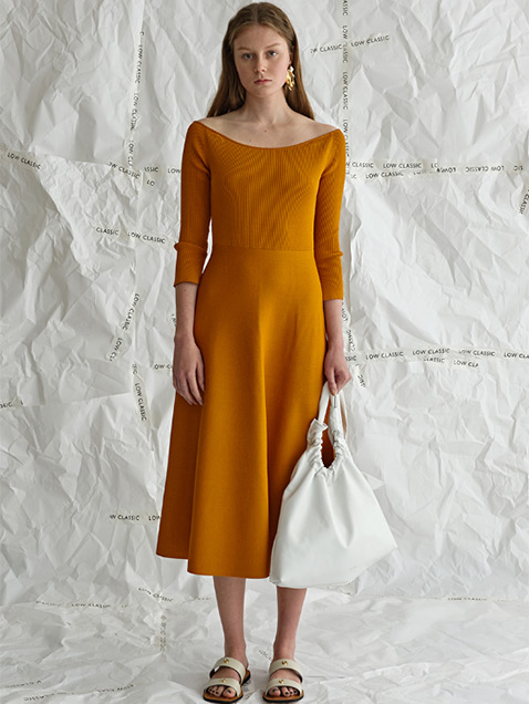 17SS U-NECK KNIT DRESS - MUSTARD