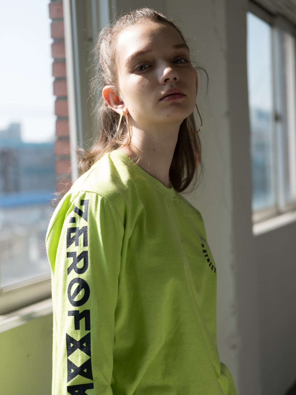 LETTERING LONG SLEEVE CUT&SEWN [WHITE,LIME]