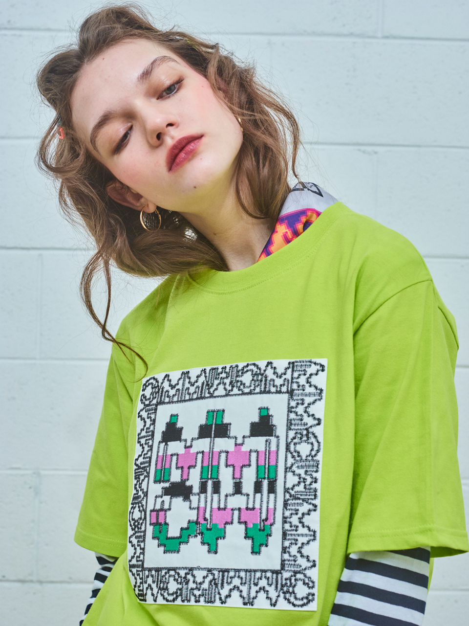 BRICK LACE PATCHED T/LIME GREEN