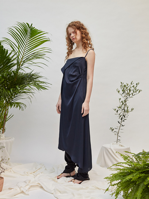 18SS TUCK SLEEVELESS DRESS - NAVY